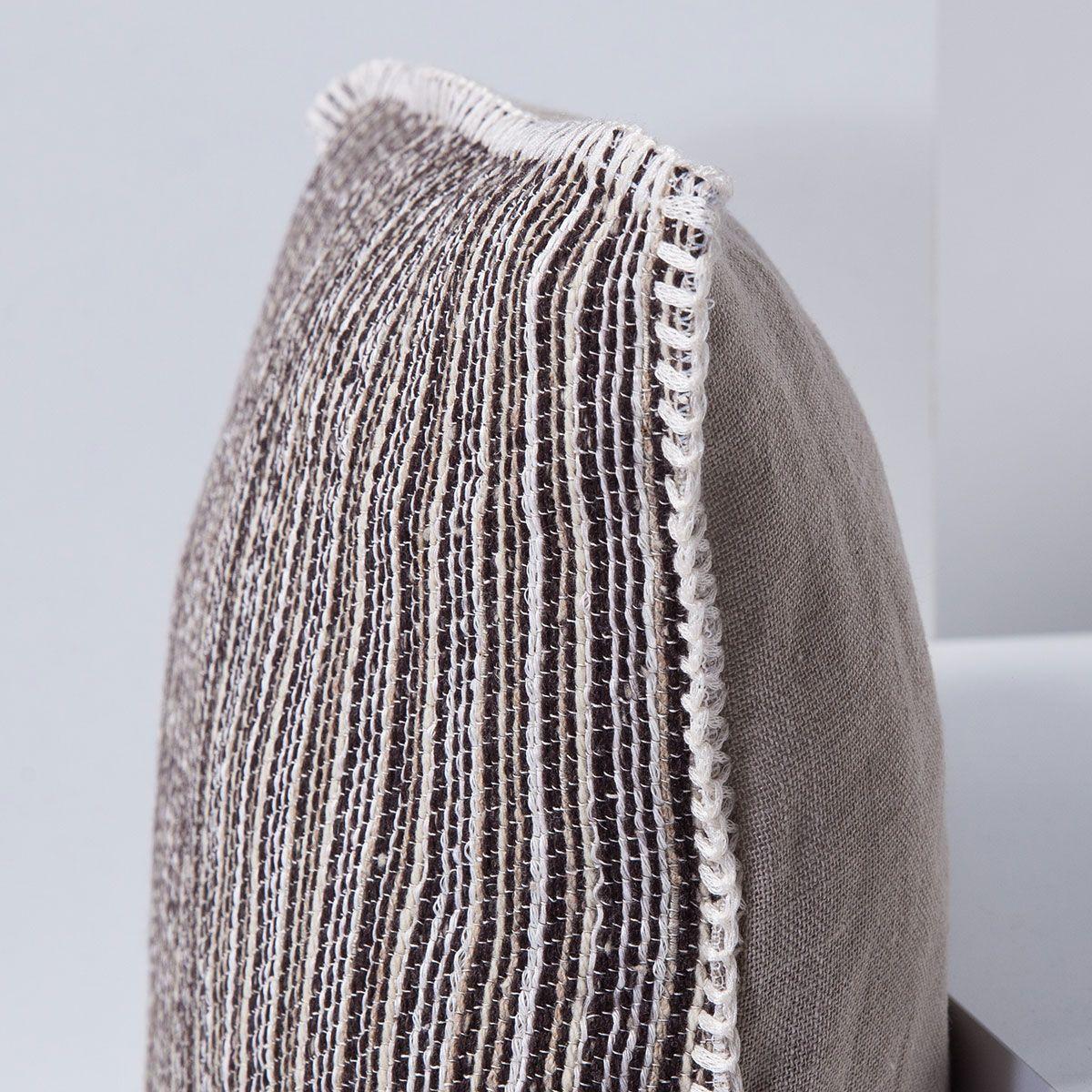 Cushion Wool / Ala - D93 - 40 x 40 cm
