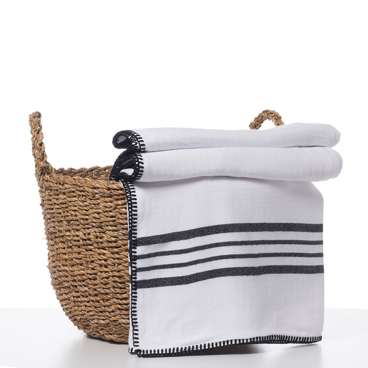 Throw / White Sultan - Double Side / Black stripes