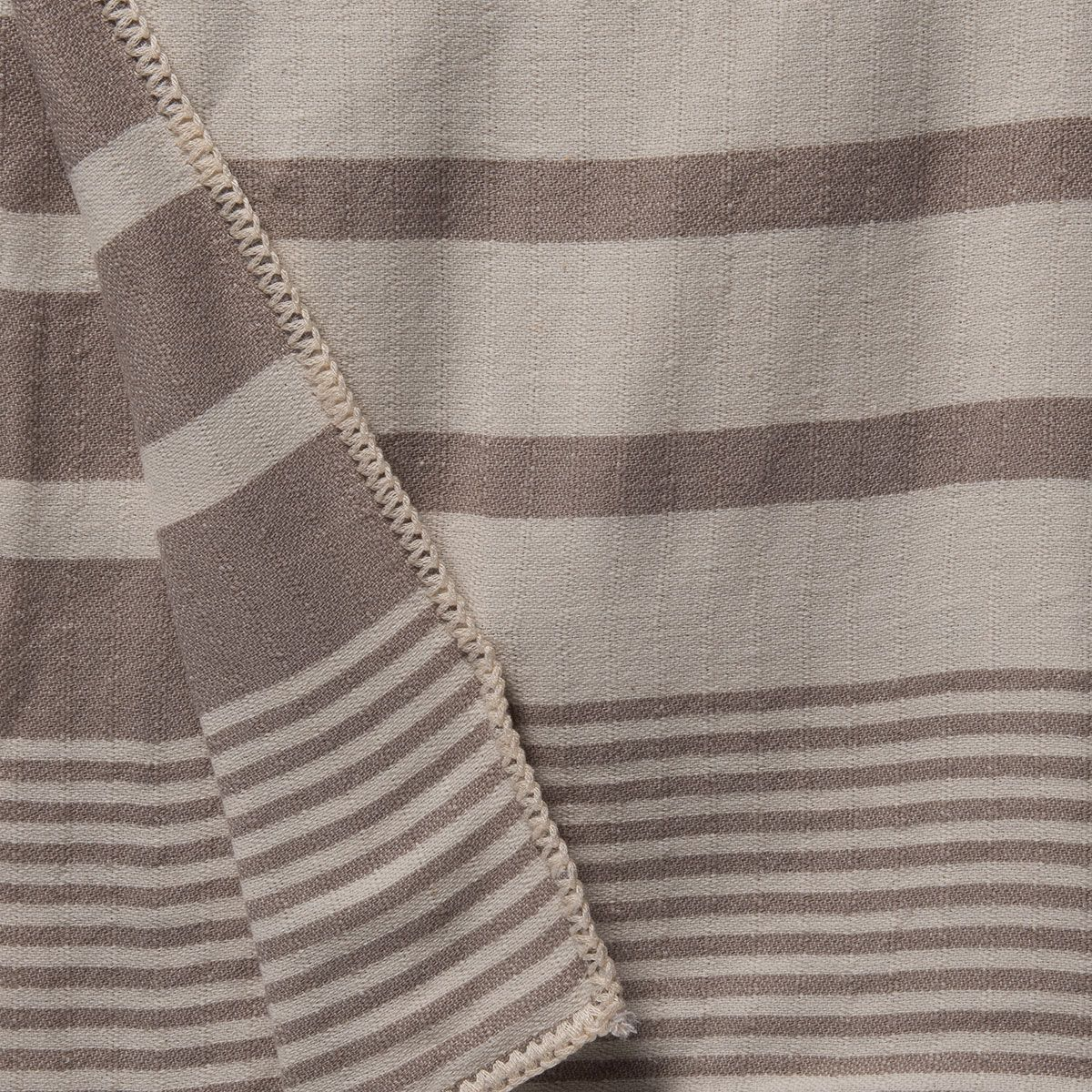 Throw Tabiat / Double Side - Taupe
