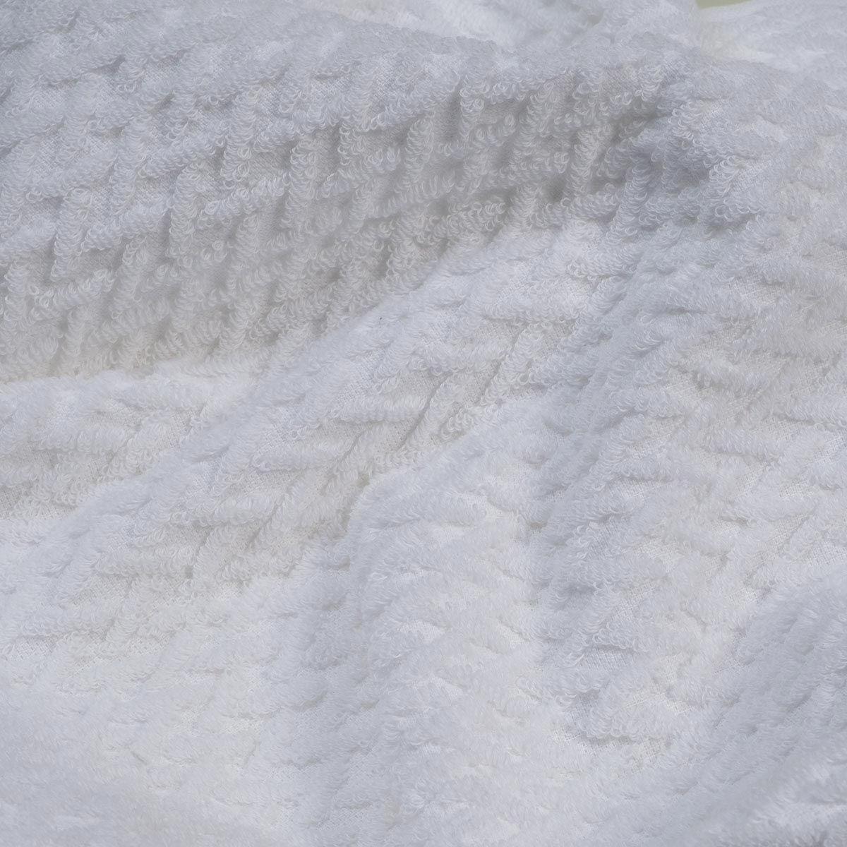Towel Classic / ZigZag - White / 70 x 140 cm